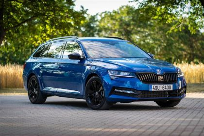 Buy Skoda Superb outright purchase cars