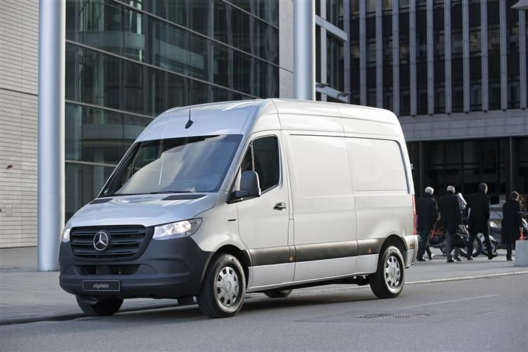 Mercedes-Benz Sprinter 317 L4 3.5t 2.0 CDi RWD 170PS Premium Crew Van ExHighRoof Manual [Start Stop]
